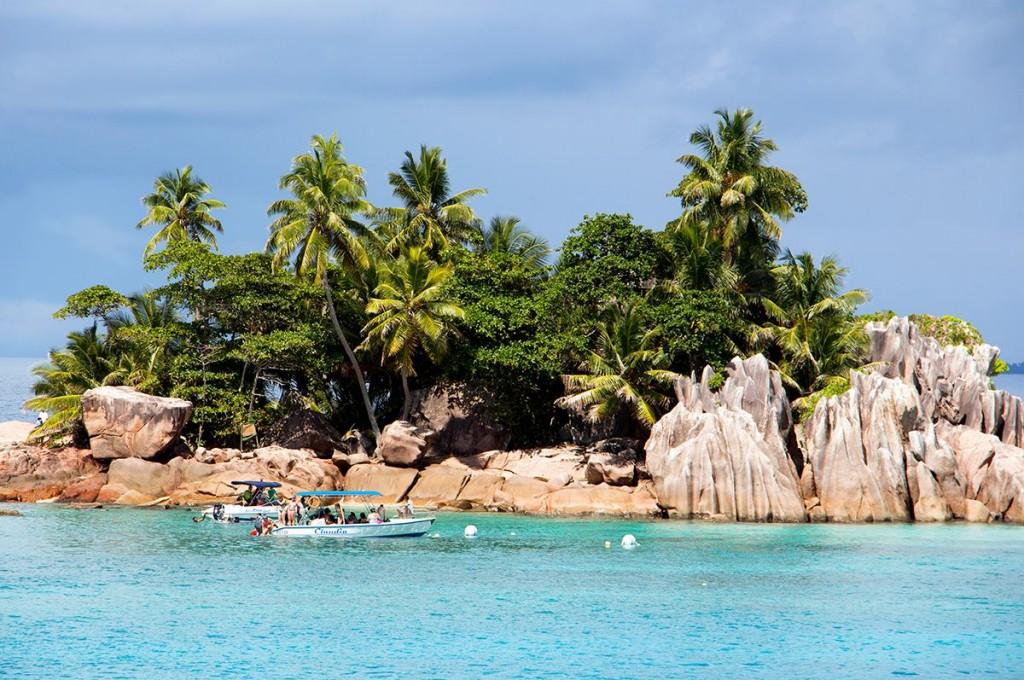 Island hopping1